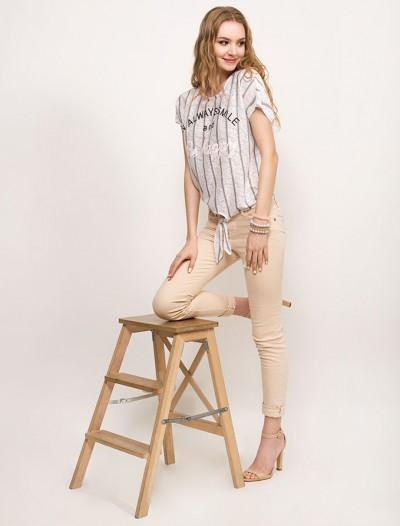 Твиловые брюки песочного оттенка Глория Джинс