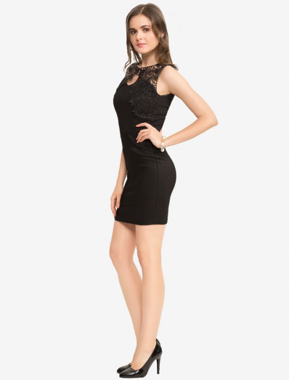 Платье с кружевной вставкой Глория Джинс