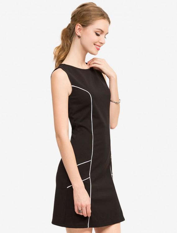 Платье с контрастной окантовкой Глория Джинс