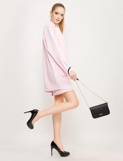 Нежно-розовое пальто из стеганого трикотажа Глория Джинс